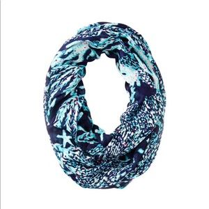 """Lilly Pulitzer """"Good Reef"""" Riley Infinity Scarf 🌊"""
